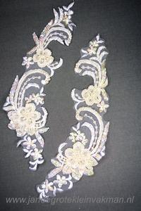 Kanten kraag (links-rechts), ca. 250mm x 80mm, wit