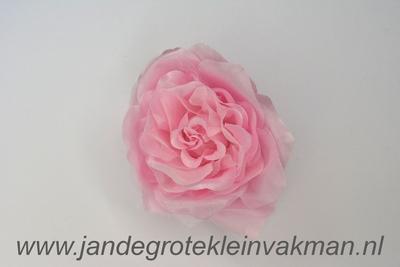 Bloemcorsage, bijzonder natuurgetrouw, roze