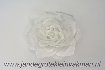 Bloemcorsage, bijzonder natuurgetrouw, wit