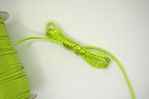 Satijnkoord, kleur 172, 2,5mm rond, per 3 mtr, lime