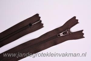 Rokrits, 12cm, kleur 570, bruin