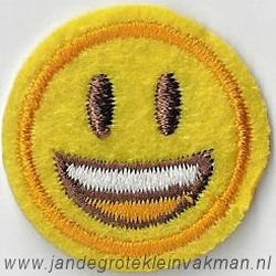 Smiley applicatie, opstrijkbaar en opnaaibaar, Ø 6cm