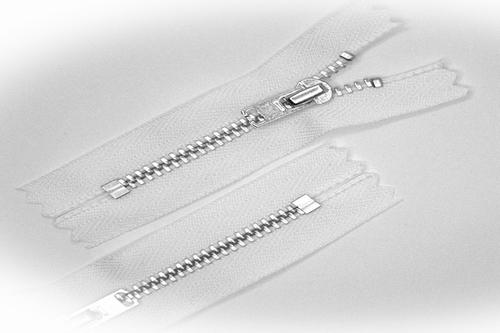 Broekrits, niet deelbaar, 7 cm, metalen tanden, wit