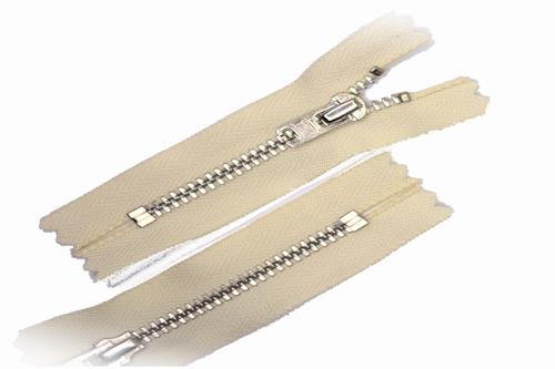 Broekrits, niet deelbaar, 20 cm, metalen tanden, ecru